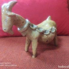 Antigüedades: CABRA DE BARRO DE ROSA RAMALHO. Lote 173478414