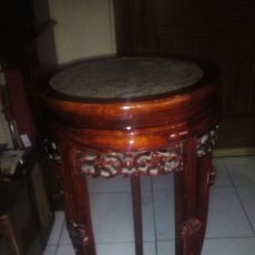 Antigüedades: MACETERO CHINO, BASE DE MARMOL, 81X 34 CM. Lote 173514230