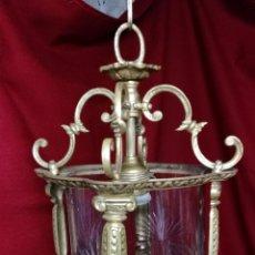 Antigüedades: BONITO FAROL EN BRONCE Y CRISTAL TALLADO. Lote 173529368