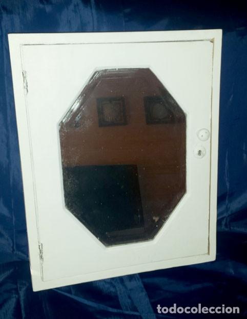 Antigüedades: Armario pequeño con espejo antiguo - Foto 2 - 173540202