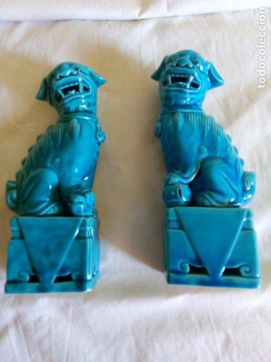 PAREJA DE FURIAS FOO (Antigüedades - Porcelanas y Cerámicas - China)