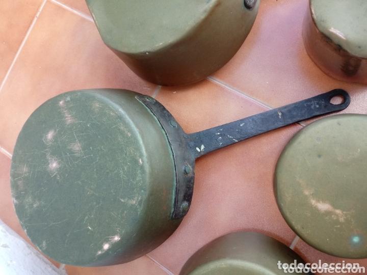 Antigüedades: Antiguas cazuelas o cazos de cobre y mangos de forja - Foto 7 - 173581638