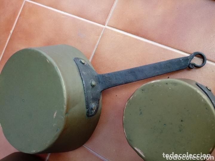 Antigüedades: Antiguas cazuelas o cazos de cobre y mangos de forja - Foto 8 - 173581638