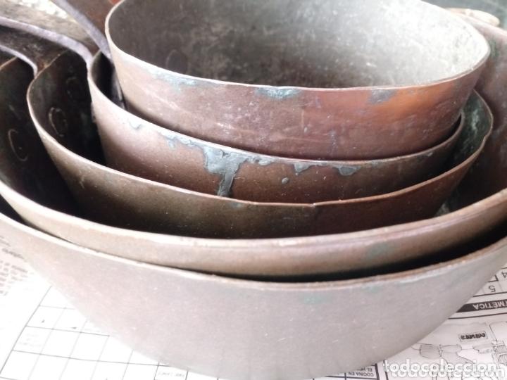 Antigüedades: Antiguas cazuelas o cazos de cobre y mangos de forja - Foto 19 - 173581638