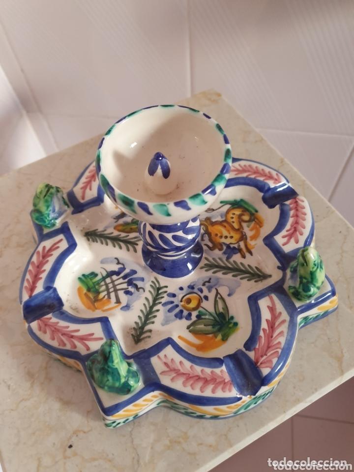 Antigüedades: PRECIOSO CENICERO CON FORMA DE FUENTE CERÁMICA DE TRIANA - Foto 2 - 173594460
