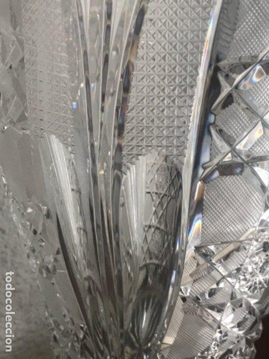 Antigüedades: Gran Jarrón - centro de mesa - cristal tallado Bohemia -base de plata de ley - con punzones . - Foto 6 - 173620612