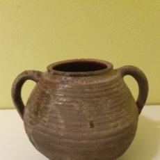 Antigüedades: ANTIQUÍSIMO PUCHERO DE DOS ASAS. Lote 151905118