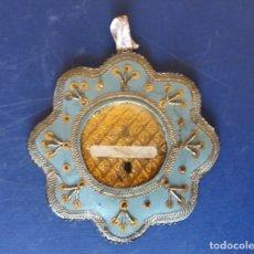 Antigüedades: ANTIGUO RELICARIO, CRISTAL. MEDALLA. Lote 173641375