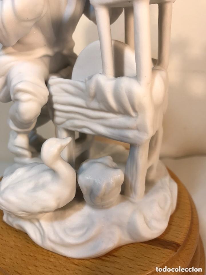 Antigüedades: Figura Porcelana Biscuit- Cebreros- Afilador- 19 cm - Foto 2 - 173653492