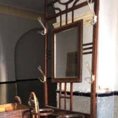 Antigüedades: RECIBIDOR PARAGÜERO. Lote 173684904