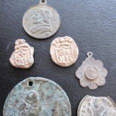Antigüedades: LOTE DE MEDALLAS DIFERENTES EPOCAS Y MATERIALES. BRONCE, PLATA Y PLOMO. Lote 173799325