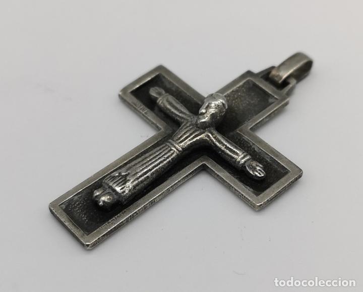 Antigüedades: Cruz antigua de estilo gótico en plata de ley maciza con cristo en relieve . - Foto 2 - 173865345