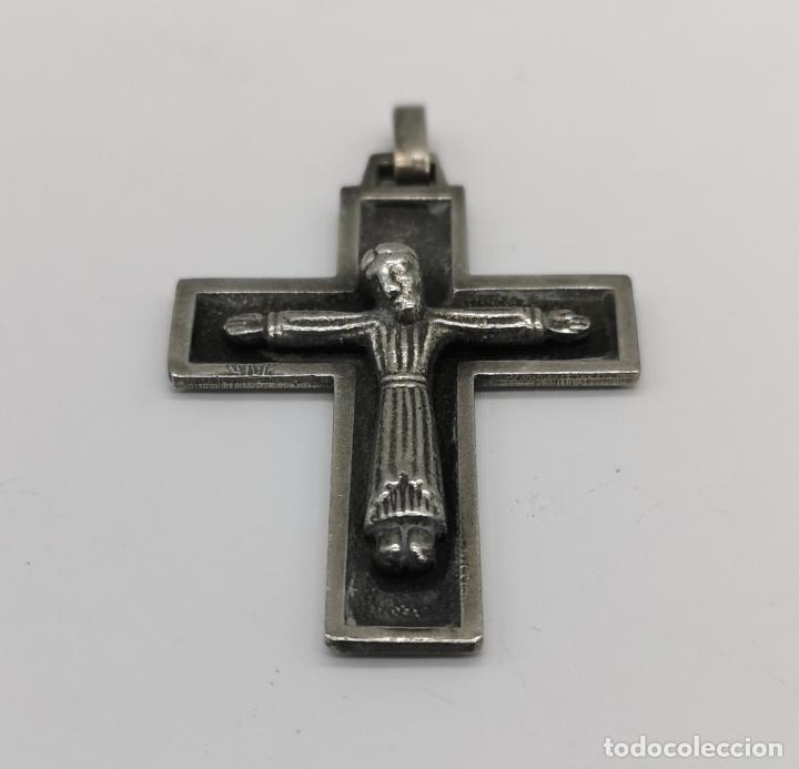 Antigüedades: Cruz antigua de estilo gótico en plata de ley maciza con cristo en relieve . - Foto 3 - 173865345