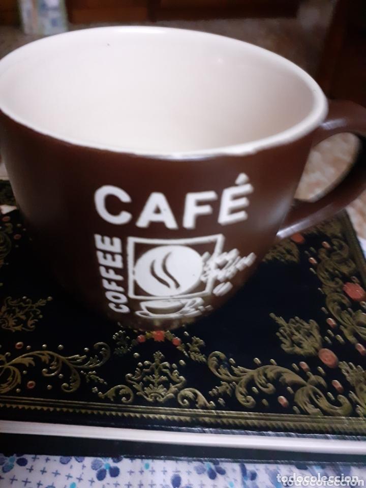 TAZA-TAZITA DE CAFE --MOTIVOS GRAVADOS,MIDE 7,50 APÓX. (Antigüedades - Porcelanas y Cerámicas - Otras)