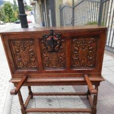 Antigüedades: IMPRESIONANTE BARGEÑO CASTELLANO SIGLO XIX. Lote 173870265