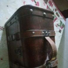 Antigüedades: COFRE BAÚL CAJA DE MADERA . Lote 173922755
