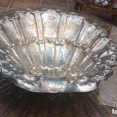 Antigüedades: ENORME PILA BAUTISMAL DE PLATA DE LEY CONTRASTADO. Lote 173957132