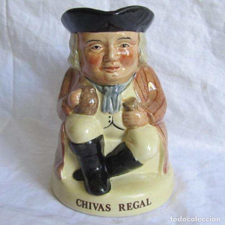 JARRA CERÁMICA CHIVAS REGAL TONY WOOD (Antigüedades - Porcelanas y Cerámicas - Inglesa, Bristol y Otros)