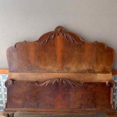 Antigüedades: CABEZAL Y PIE DE CAMA , CON RELIVES Y DETALLES EN LOS BORDES, DE 143 CM. DE LARGO REF, # 4. Lote 174008315