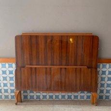 Antigüedades: CABEZAL Y PIE DE CAMA , DE 116,50 CM. DE LARGO REF, # 6. Lote 174011997