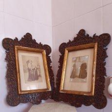 Antigüedades: EXTRAORDINARIA PAREJA DE MARCOS ANTIGUOS REALIZADOS EN CAOBA CON FOTOS RELIGIOSA. Lote 116480132