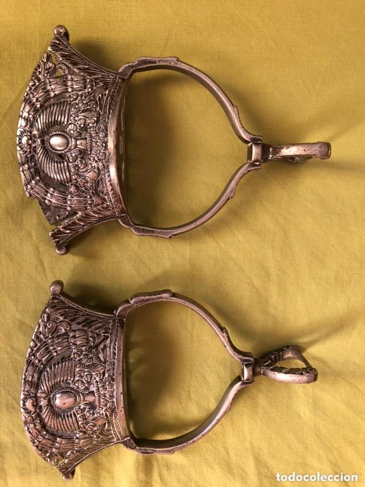 ESTRIBOS DE CAMPANA (Antigüedades - Técnicas - Rústicas - Caballería Antigua)