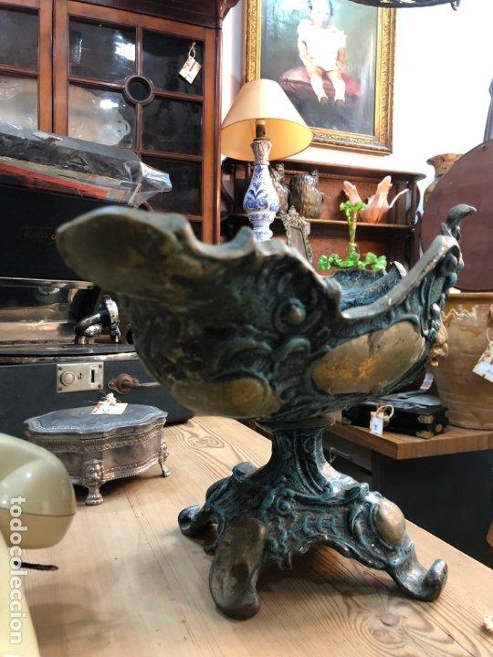 Antigüedades: FANTASTICO CENTRO DE MESA DE BRONCE CON MEDIDAS 42X22X24 CM - Foto 7 - 174039409
