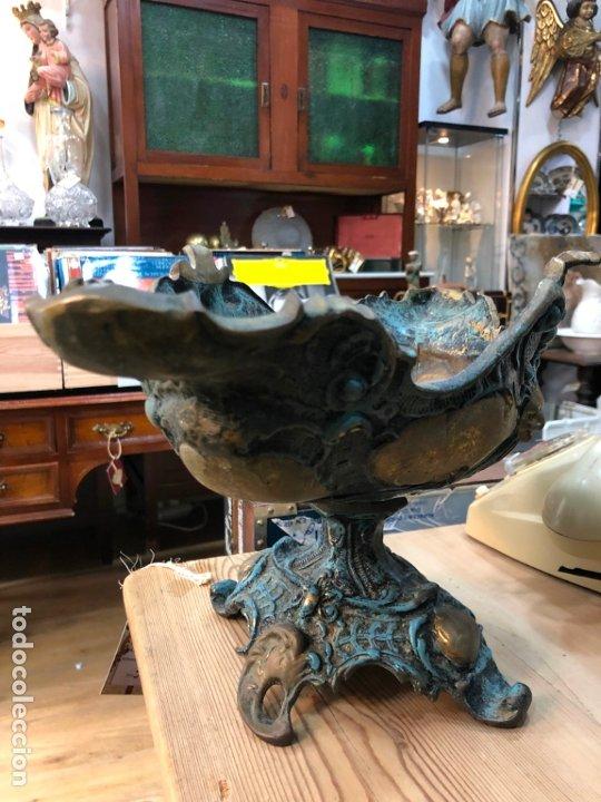 Antigüedades: FANTASTICO CENTRO DE MESA DE BRONCE CON MEDIDAS 42X22X24 CM - Foto 8 - 174039409