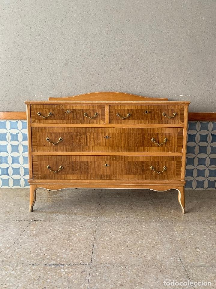 COMODA PEQUEÑA DE HABITACION , 105 CM. DE LARGO (Antigüedades - Muebles - Cómodas Antiguas)