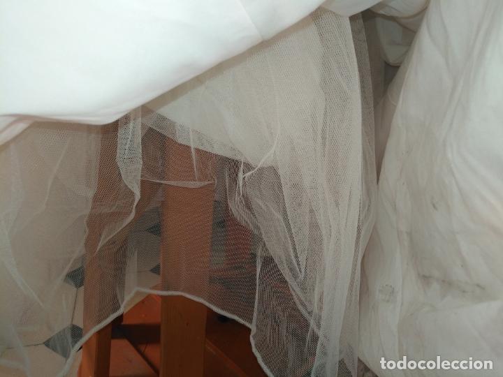 Antigüedades: traje novia SWEETHEART BORDADO y tul bordado hilo plata confecciones ropa virgen semana santa - Foto 8 - 174062165