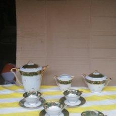 Antigüedades: ANTIGUO JUEGO DE CAFÉ PORCELANA FRANCESA ALTA CALIDAD SELLO EN REVERSO IMPECABLE. Lote 174065432