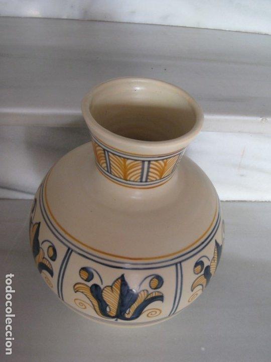 Antigüedades: Jarrón cerámica. Chacon. Talavera - Foto 10 - 174070132