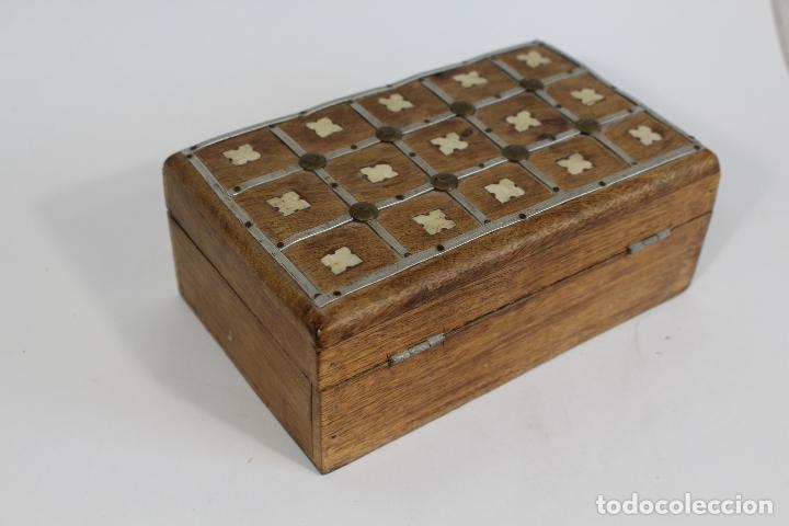 Antigüedades: caja joyero madera con incrustaciones de hueso - Foto 2 - 174079204