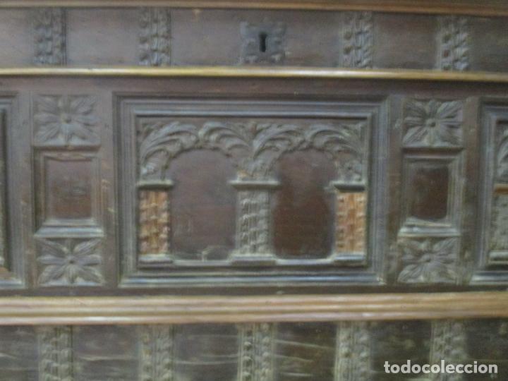 Antigüedades: Antigua Arca, Arcón Catalán - Baúl Barroco - Madera de Nogal - S. XVIII - Foto 4 - 174081169