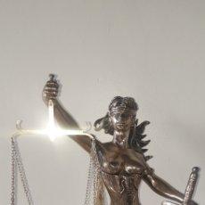 Antigüedades: FIGURA DE LA JUSTICIA CON CERTIFICADO. Lote 174084788