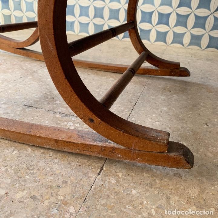 Antigüedades: MECEDORA ESTILO THONET DE TELA EN RESPALDO Y ASIENTO, MUY COMODA - Foto 12 - 174117882