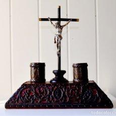 Antigüedades: ESCRIBANÍA ANTIGUA CON CRUZ E IMAGEN DE JESÚS. Lote 174120633