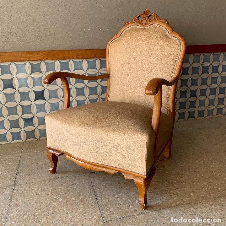 Antigüedades: PAREJA DE SILLONES DESCALZADORES, EN BASTANTE BUEN ESTADO, SE PODRIAN DEJAR ASI. - Foto 10 - 174127685