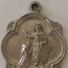 Antigüedades: MEDALLA RELIGIOSA BENDICIÓN DE SAN FRANCISCO DE ASIS. Lote 174150207