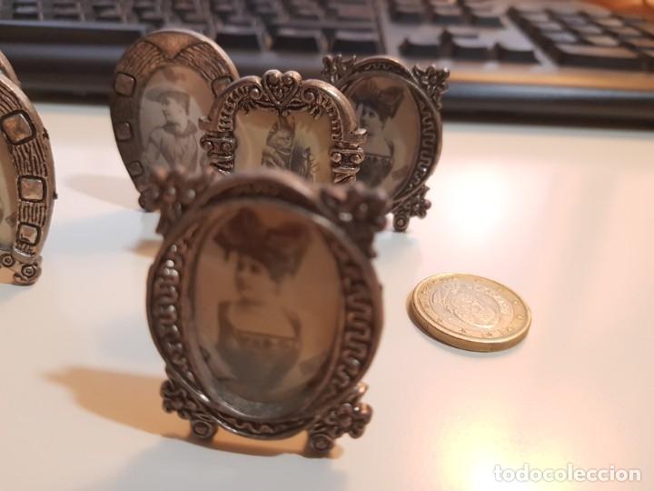 Antigüedades: Lote de 7 Pequeños y antiguos portafotos - Foto 4 - 174154873