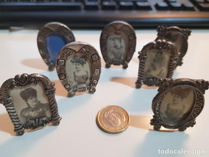 Antigüedades: Lote de 7 Pequeños y antiguos portafotos - Foto 6 - 174154873