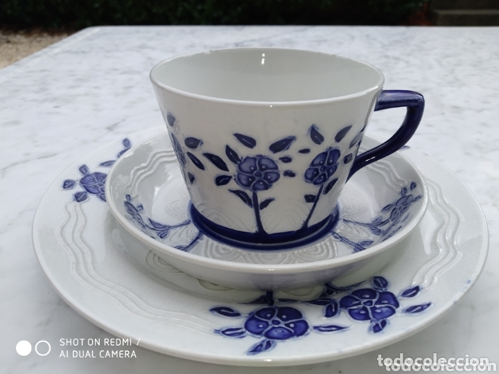 TRIO MINTON TAZA Y DOS PLATOS MOVIMIENTO SECESIONISTA (Antigüedades - Porcelanas y Cerámicas - Inglesa, Bristol y Otros)