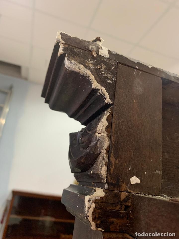 Antigüedades: ANTIGUA BIBLIOTECA VITRINA CASTELLANA TALLADA - MEDIDA 222X175X53 CM - Foto 6 - 174171320