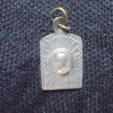 Antigüedades: MEDALLA EN PLATA. MONTSERRAT. Lote 174216678