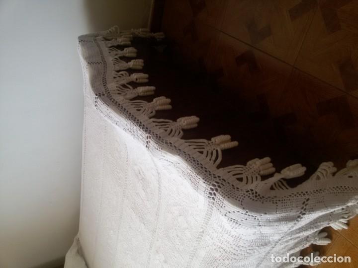 Antigüedades: Preciosa colcha blanca -cama de 1,35 cm - Foto 7 - 174224865
