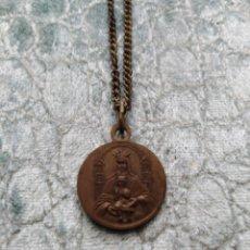 Antigüedades: PRECIOSA Y ANTIGUA CADENA CON MEDALLA. Lote 174227732