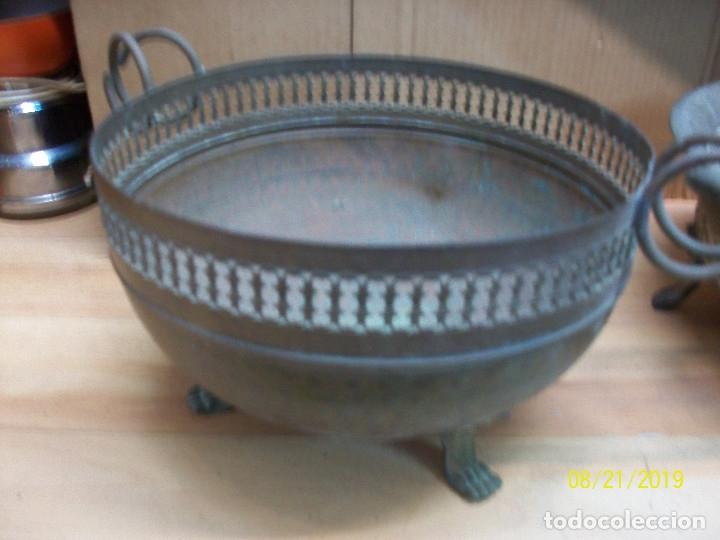 Antigüedades: LOTE DE 3 CENTROS DE MESA DE BRONCE, COBRE Y PLATEADO - Foto 2 - 174231605