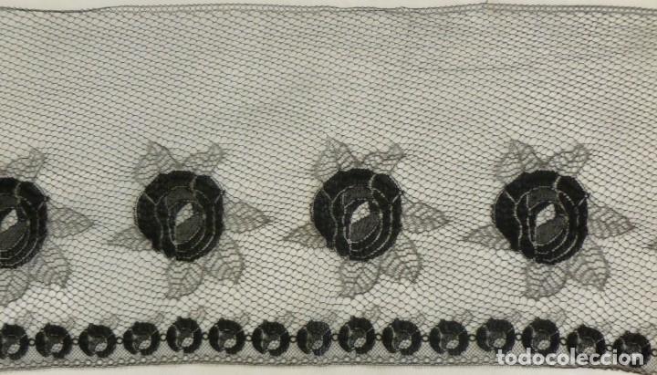 Antigüedades: ANTIGUO ENCAJE FRANCÉS PERFILADO CON HILO DE ORO - 1900 - Foto 7 - 174235972