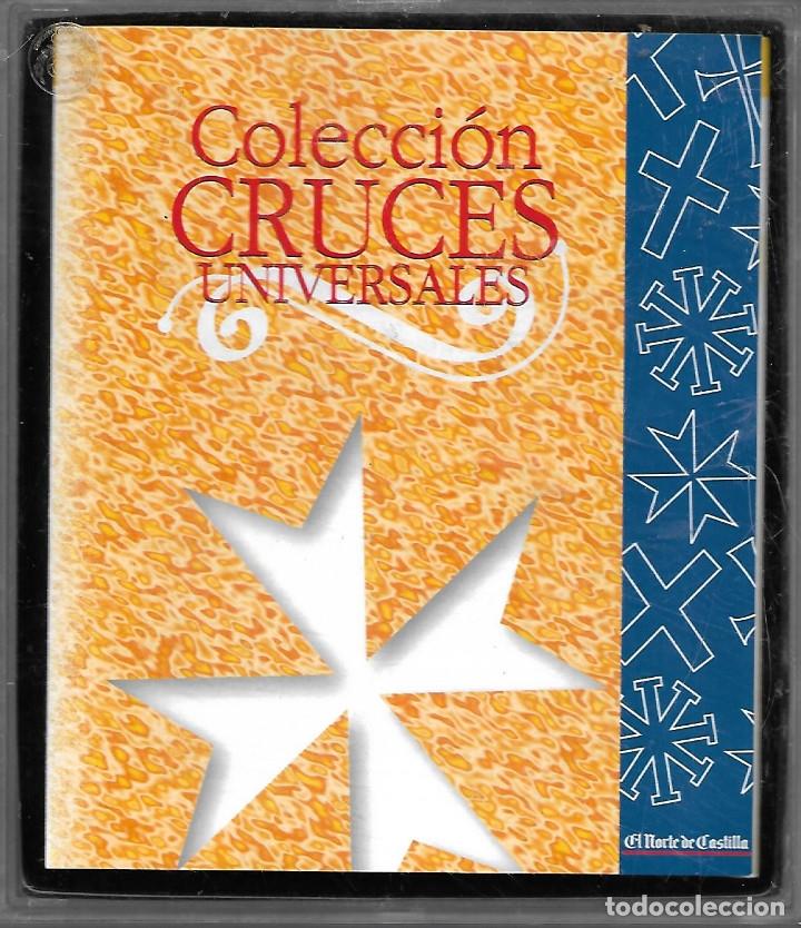 COLECCION EN ESTUCHE DE 16 CRUCES UNIVERSALES CON LIBRETO EXPLICATIVO VER FOTOS (Antigüedades - Religiosas - Cruces Antiguas)