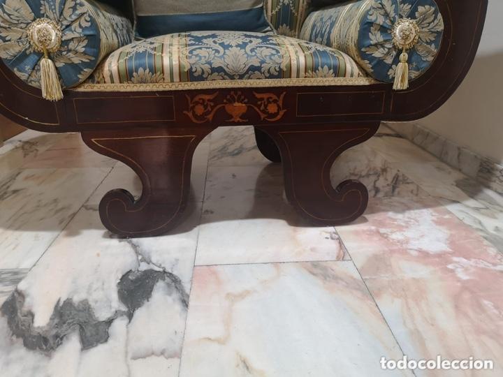 Antigüedades: Sillón tapizado con marquetería - Foto 14 - 171538632
